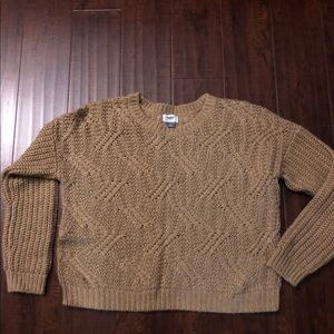 Old Navy Cable sweater